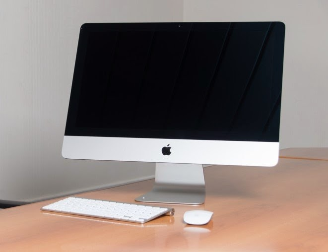 моноблок Apple iMac 21,5 - отлично выглядит на столе