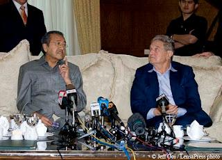 Tun Dr Mahathir Mohamad Soros
