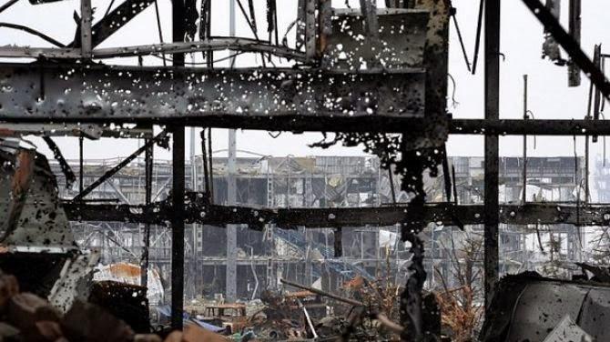 Бои в Донецком аэропорту не прекращаются