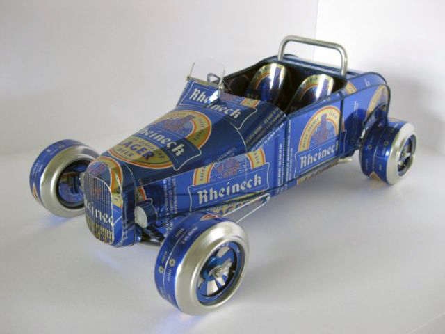 transpress nz model cars made from aluminium drink cans. Black Bedroom Furniture Sets. Home Design Ideas