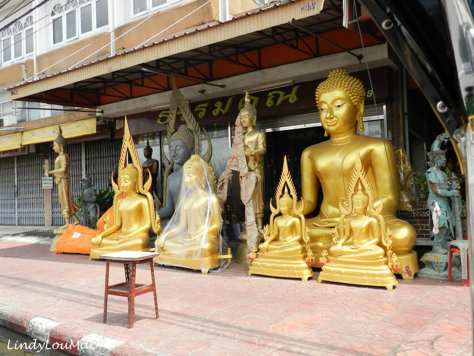 Travel Tales (LindyLouMacs World in Photos): Buddha Shops - Bangkok - Th...