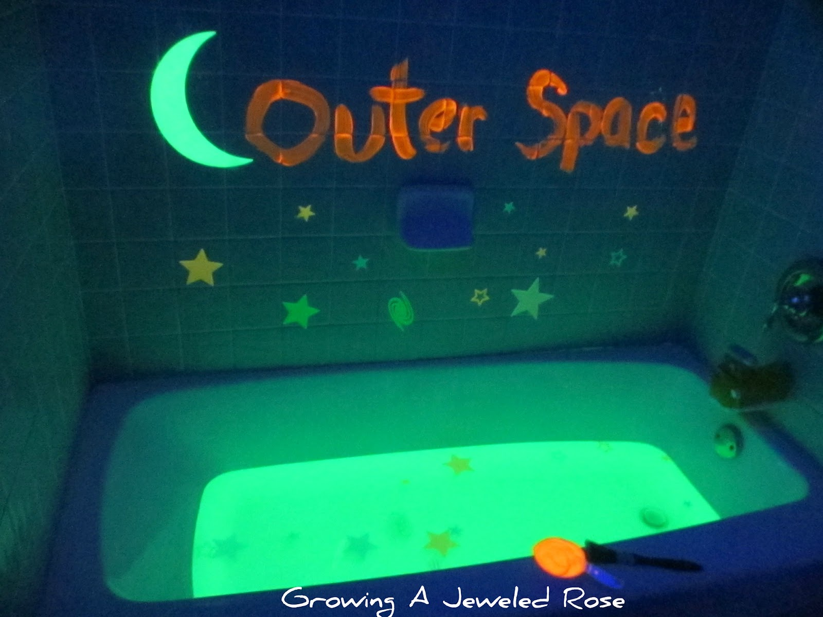 Outer space themed bath growing a jeweled rose for Cool things to make and do