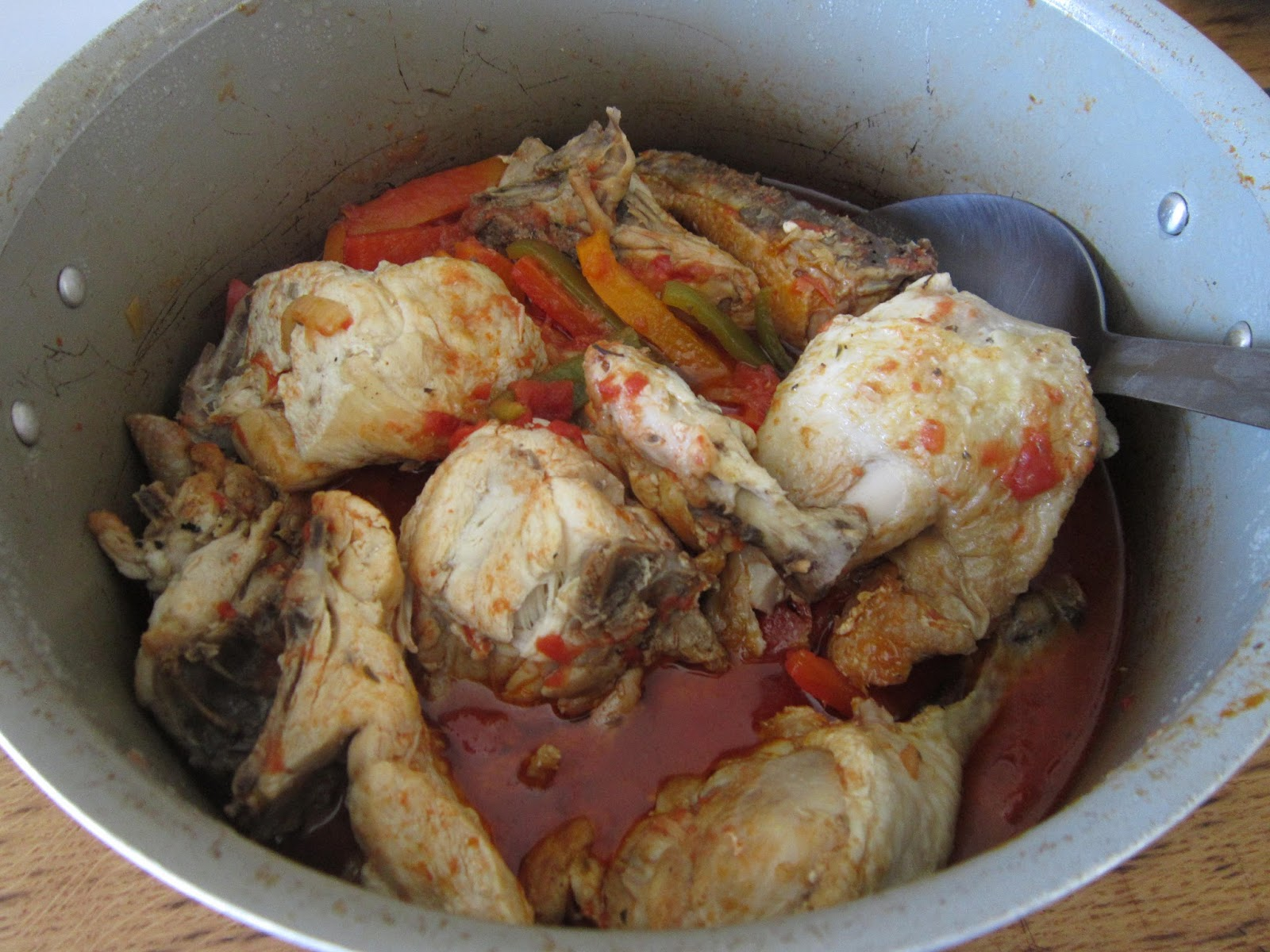 Dinner at Six Thirty: Poulet / Chicken Basquaise