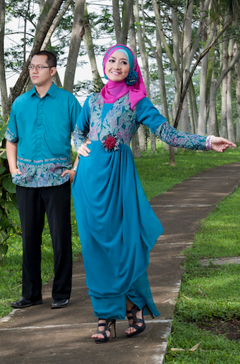 Baju pesta muslim couple modern trendy
