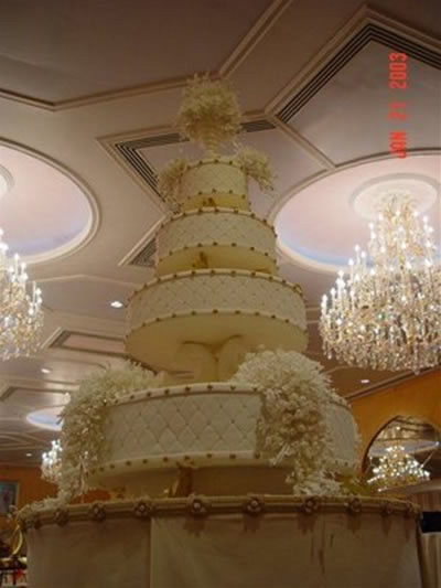 Big Wedding Cake Images : Big And Elegant Royal Wedding Cakes ~ Just For Wedding