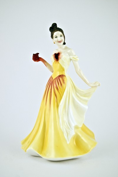 Jessica Harrison porcelain figurines: Susan