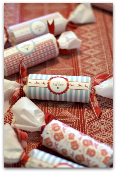 DIY: Christmas Crackers ... | the ReFab Diaries