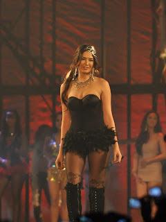 2011 fhm sexiest victory party bikini model 04