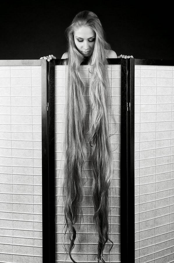 floor length blonde hair - photo #9