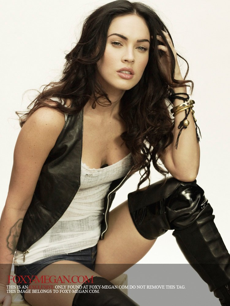 UNSEEN HOT SPICY: Megan Fox hot sexy images
