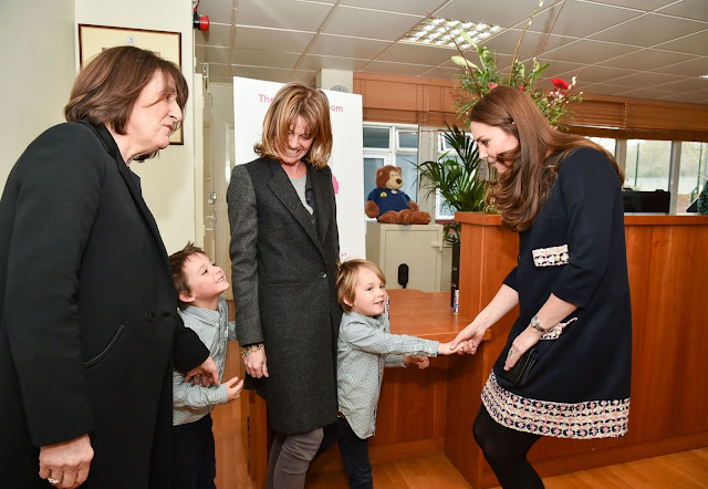 During the visit Kate will meet Barlby staff and pupils, tour the new art room and join a discussion about the work of The Art Room.