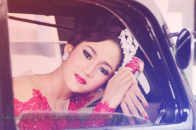 Gadis Model Bridal Berbaju Merah 2 || Fotografer : Klikmg ( Vishnu Darmawan ) Fotografer Purwokerto