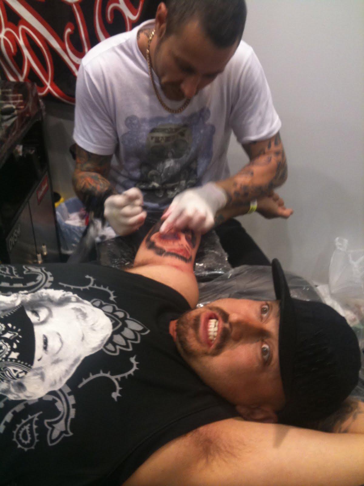 Surf n ink tattoo show
