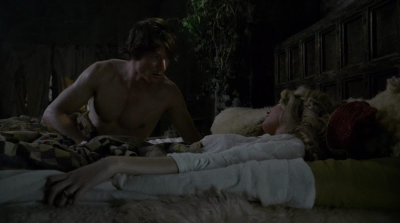 Philip Winchester Shirtless on Camelot s1e03