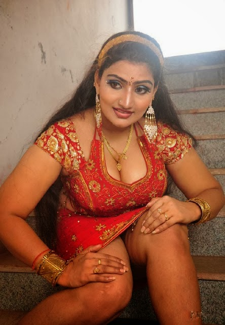 Tamil Actress Babilona Mulai Hot Photos