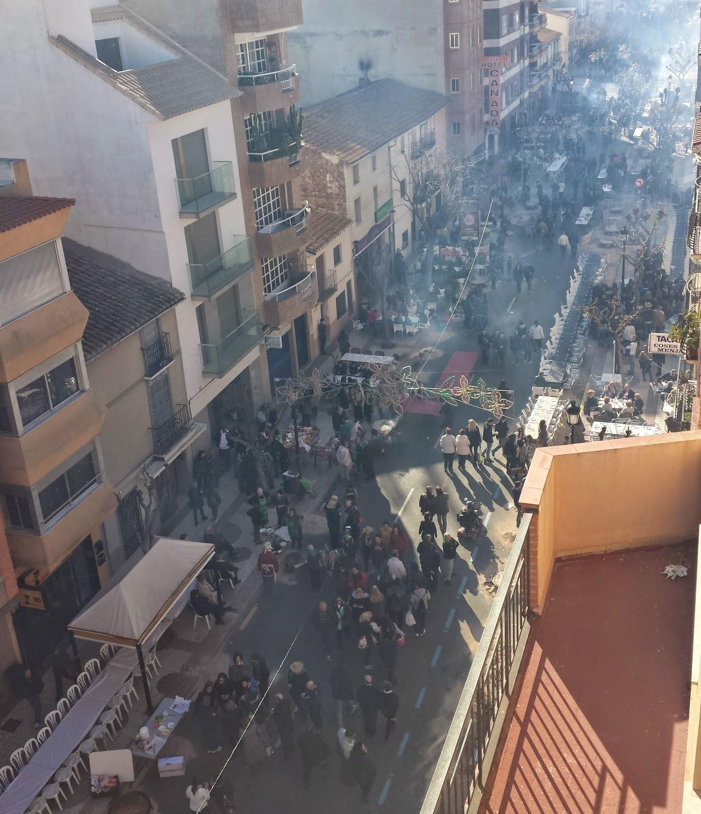 Ambiente calles Día de las Paellas Benicàssim
