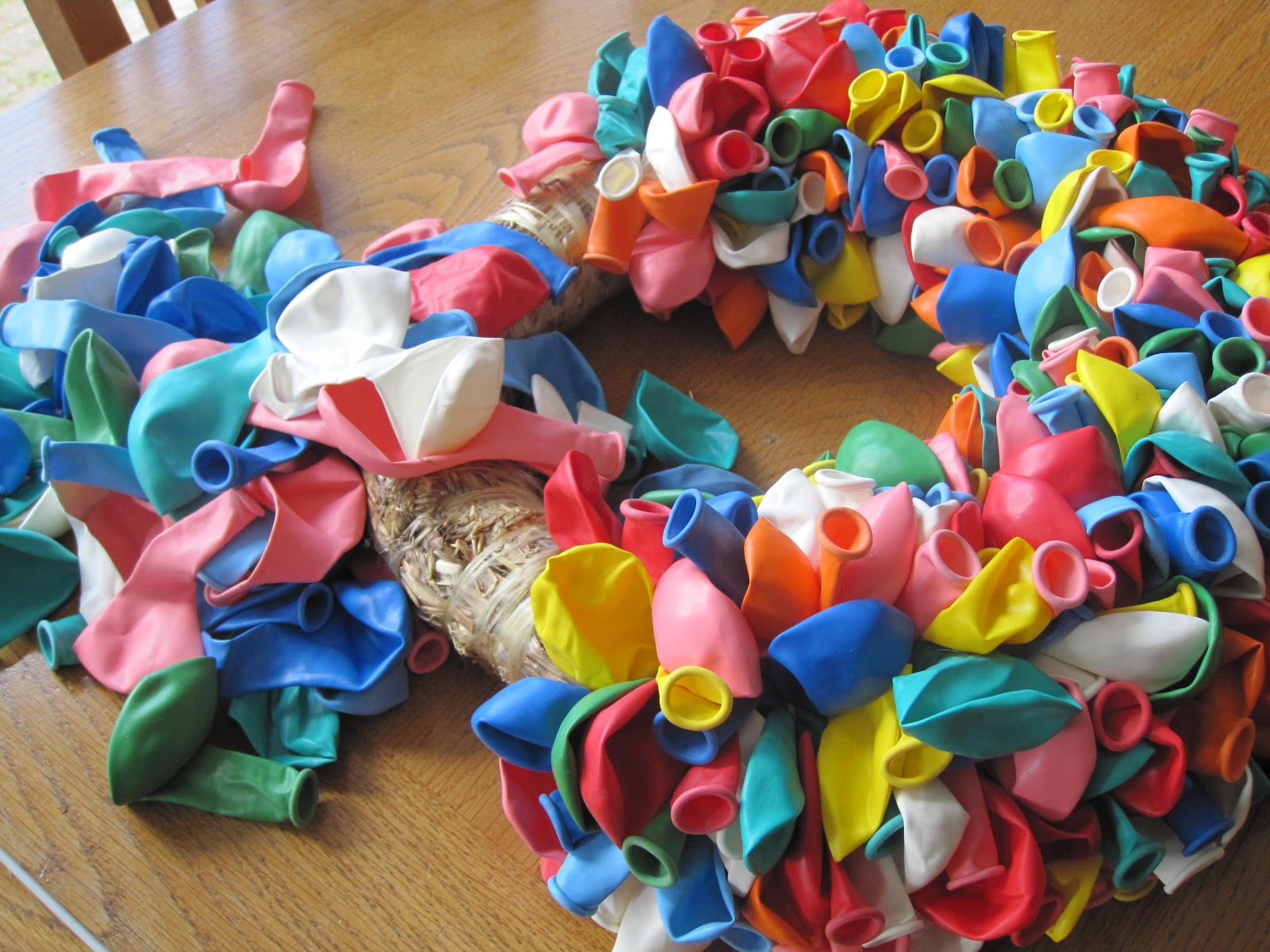 Freubelientje ballonnen ballonnen en nog eens ballonnen - Ideeen van binnenkomst ...