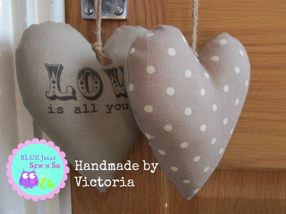 Shabby_Chic_Fabric_hearts