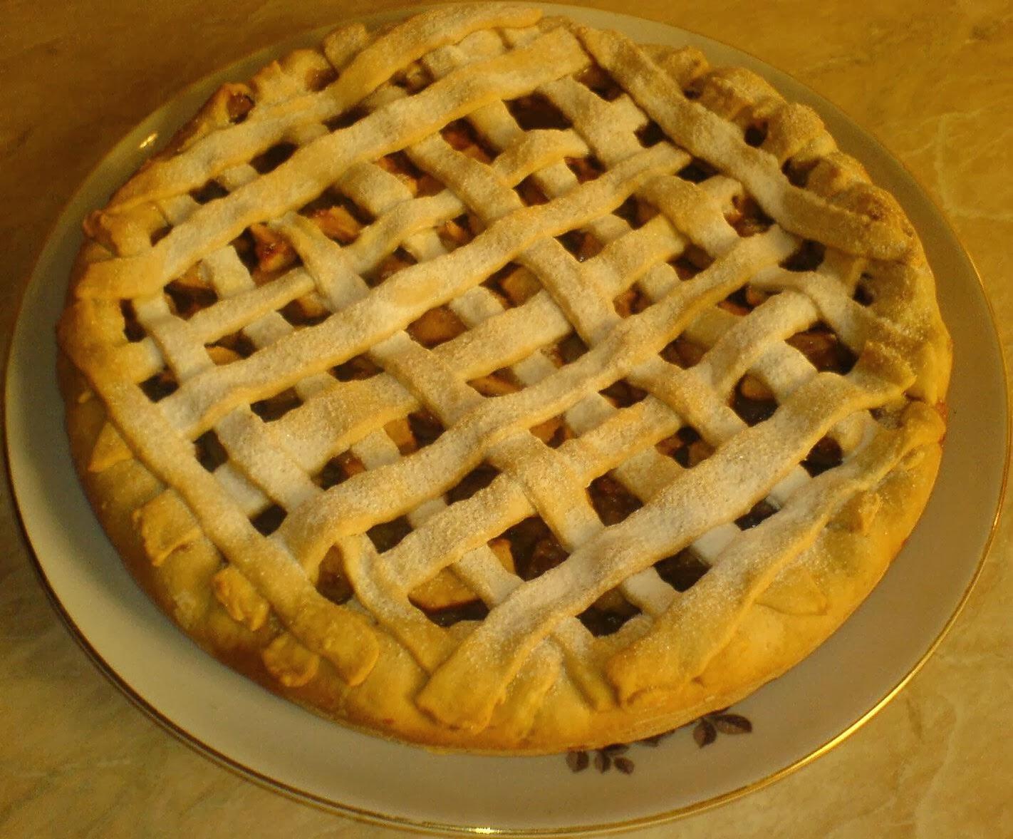 dulciuri, prajituri, placinta, retete culinare, preparate culinare, placinta de casa cu mere,