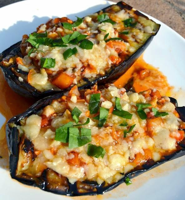 The Nutritionist Reviews: Grilled Eggplant Parmesan Boats