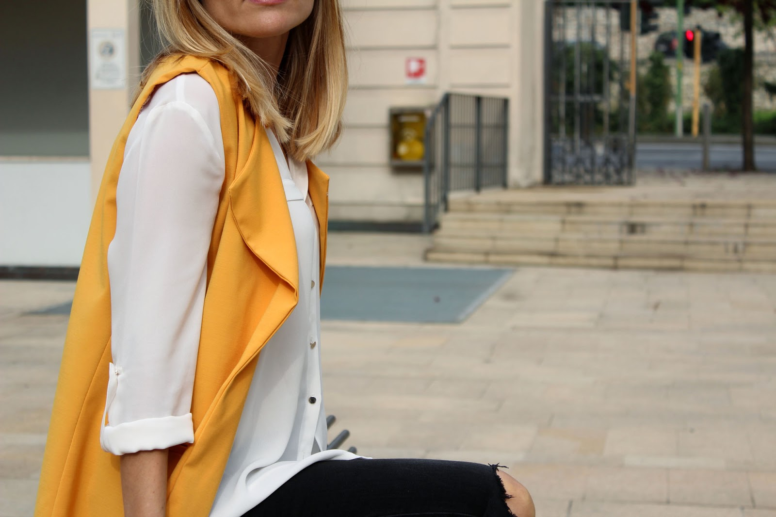 Eniwhere Fashion - Sheinside yellow coat - cappottino giallo-arancio