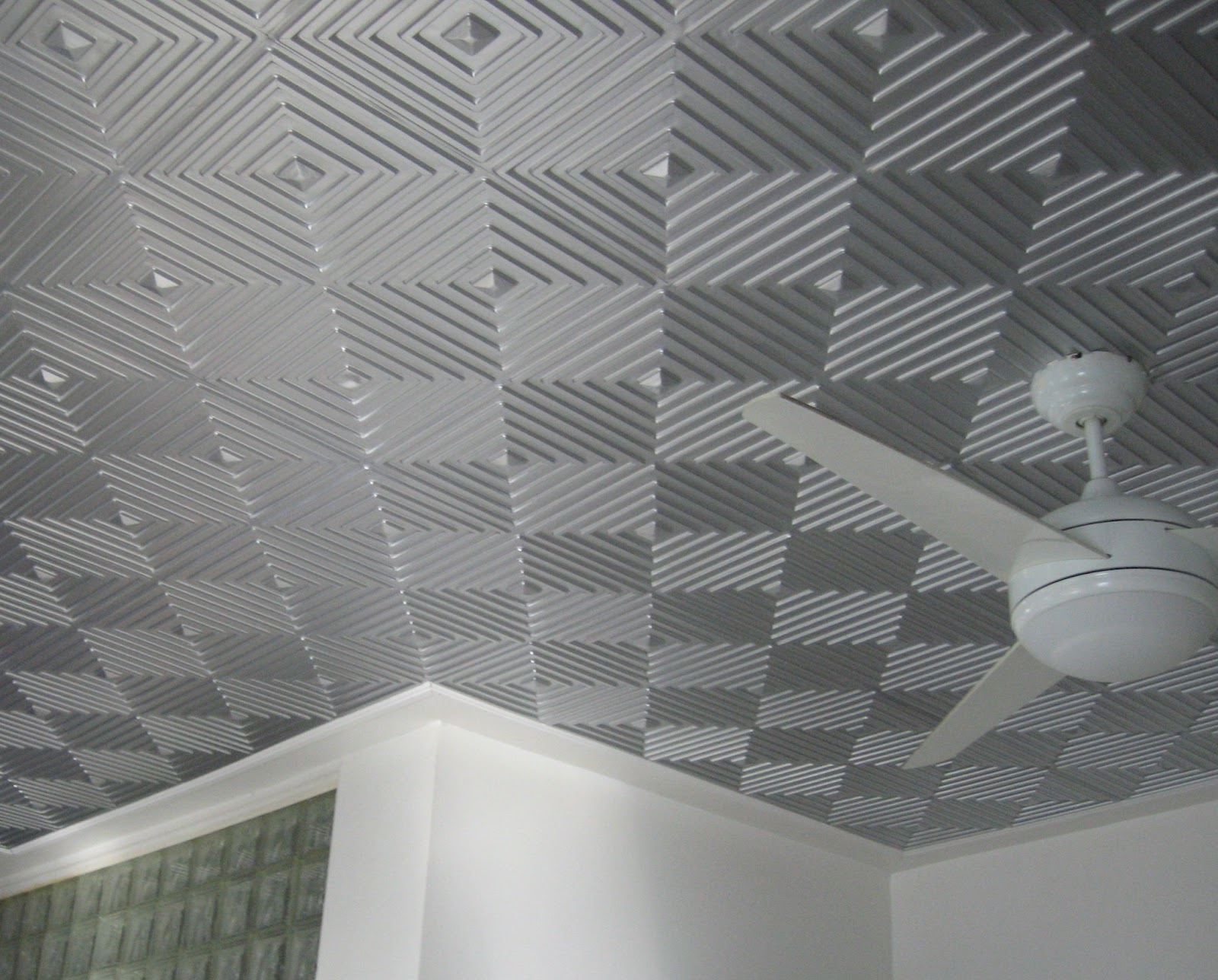Installing tin ceiling tiles for wonderfully decorated home the decorative tile for the ceiling is come with fire safety also so these are suited for enhancing security matter for your home offices dailygadgetfo Choice Image