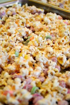 valentine's-day-popcorn-treat