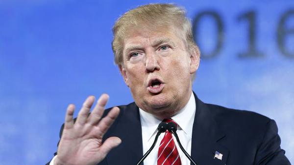 "Trump volta a insultar mexicanos depois da fuga de ""El Chapo"""