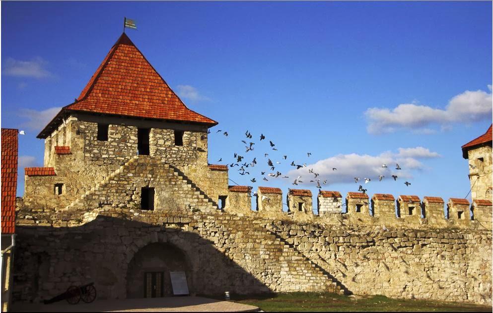 http://zoom.mediafax.ro/travel/basarabia-si-bucovina-11738639