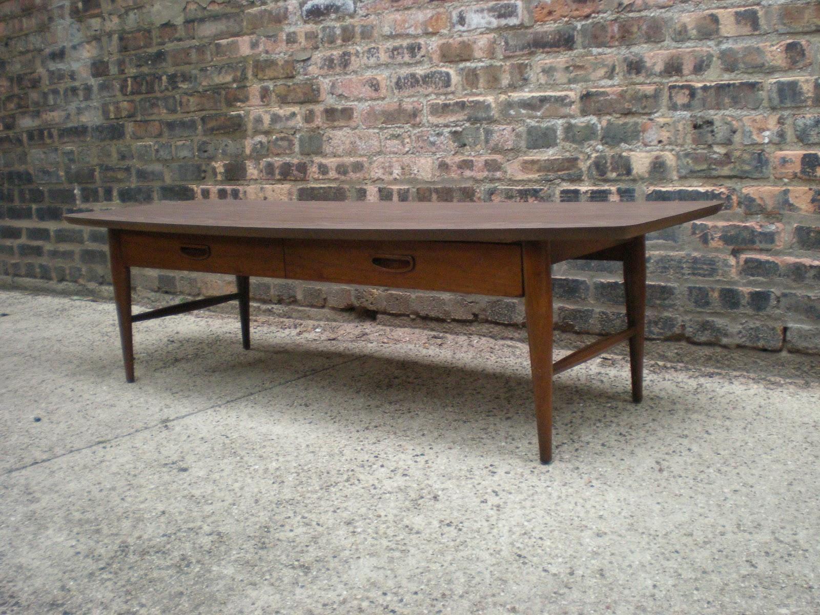 Mid Century Chicago Lane Danish Modern Style Coffee Table w Drawer