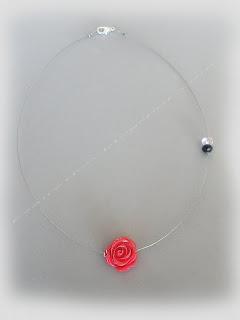 Χειροποίητο κολιέ με φούξια fimo λουλούδι και κρυστάλλους