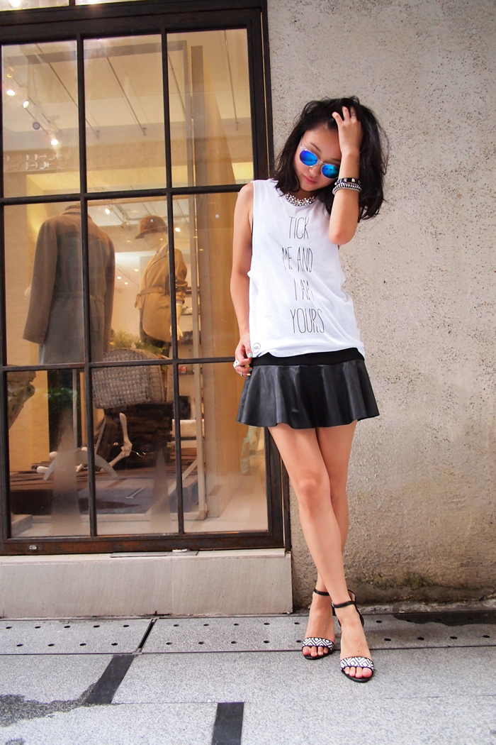 What I wore: tank: TICKaLOOK by Teelocker, skirt + shoes: zara, sunglasses: sandro, phone case: cliches @ candies gifts