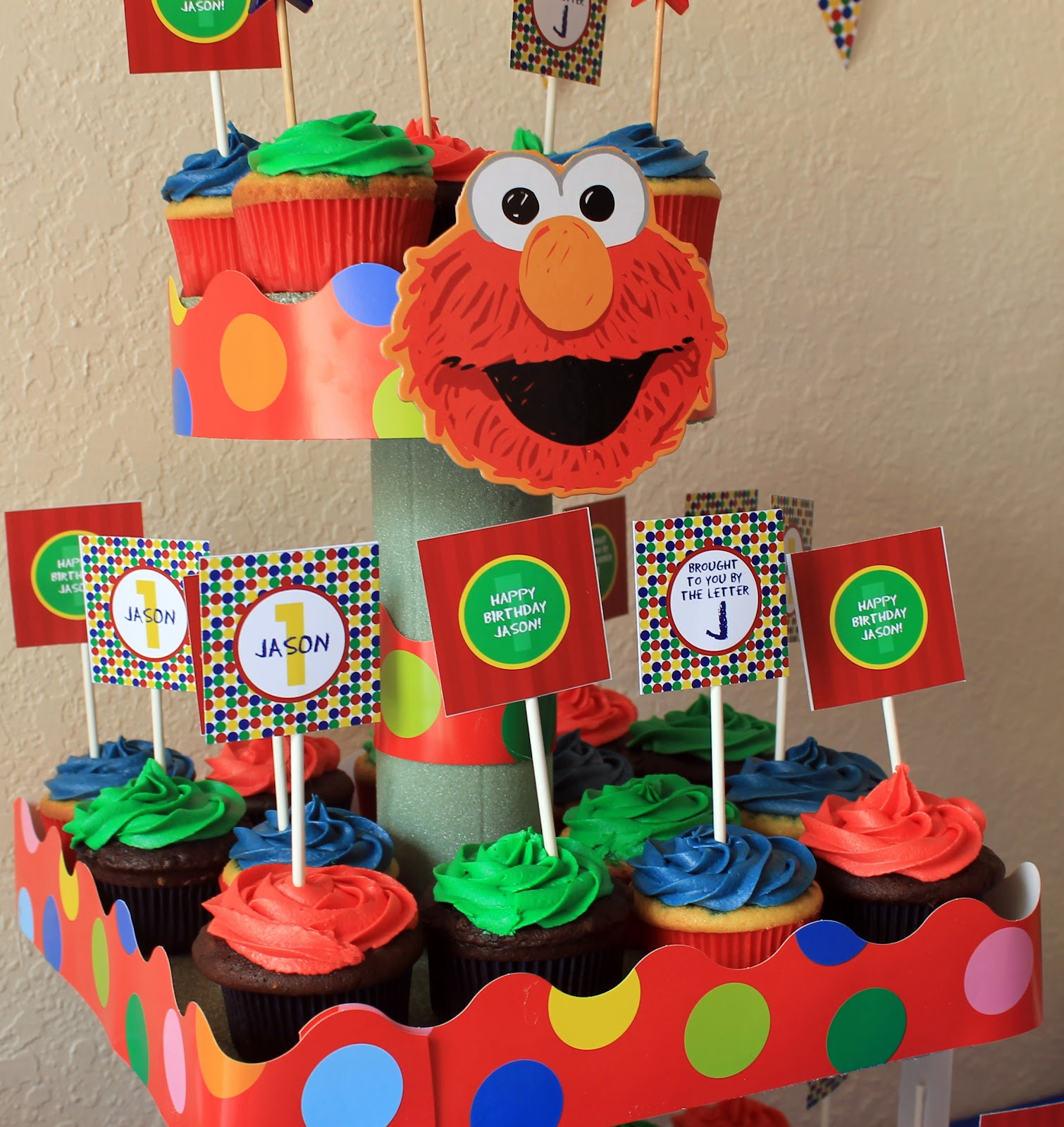 With love and Chevrons: Jasons First Birthday (Elmo Theme)