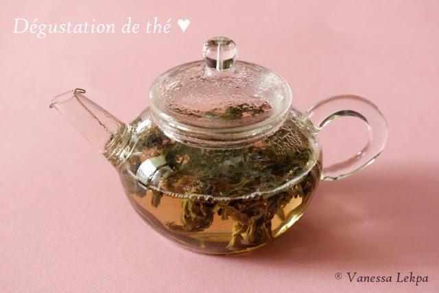mini théière en verre 200 ml pour la dégustation de oolong thé vert de chine aromatisé à la pêche Vanessa lekpa blog thé cérémonie du thé