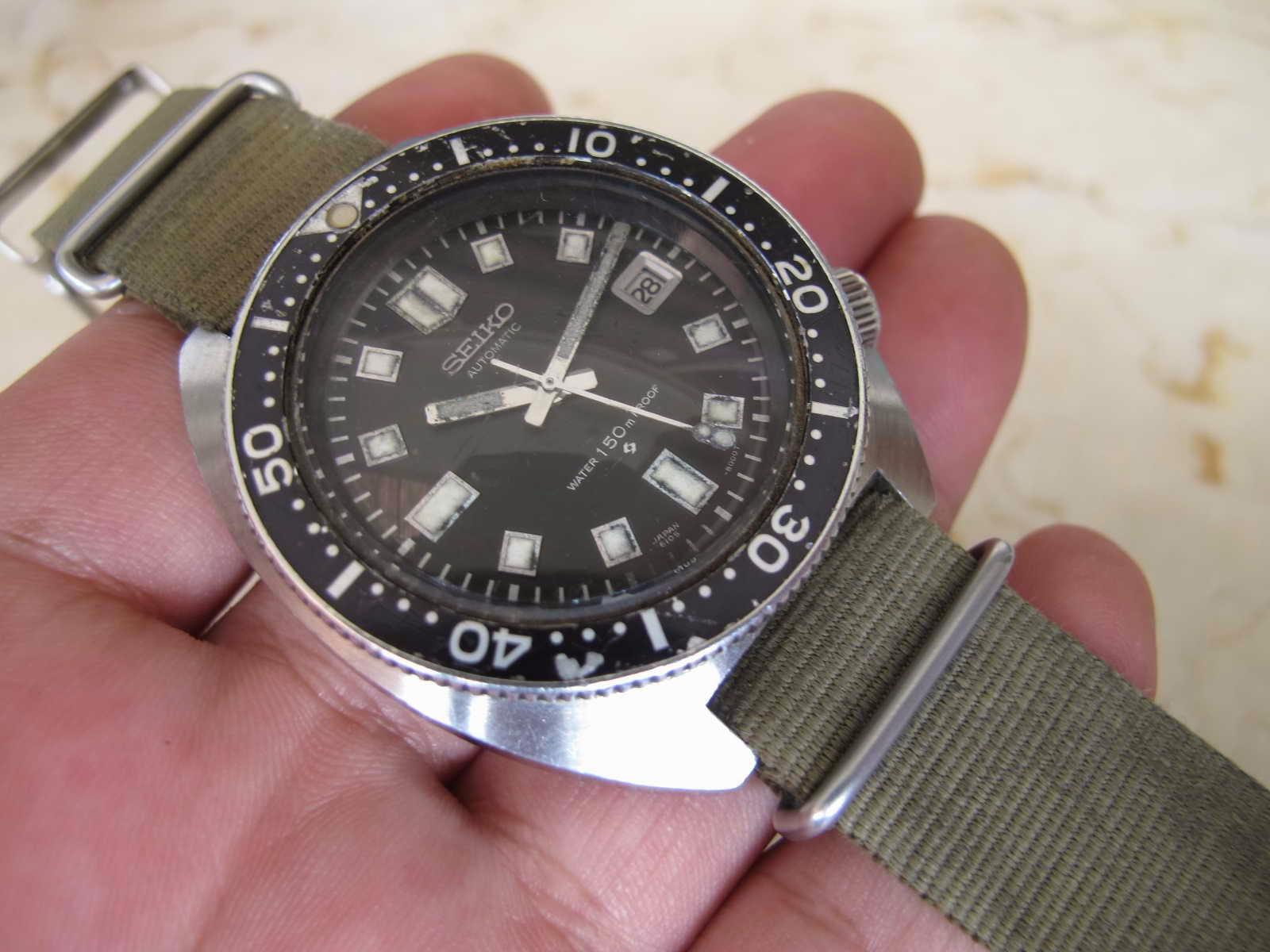 Tertera tulisan SEIKO di crownnya Dibalut dengan Strap Nato hijau Cocok untuk Anda yang sedang mencari jam tangan Seiko Diver RARE