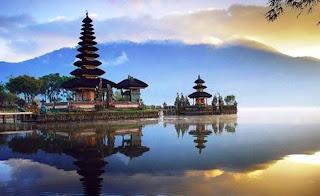 Tempat Wisata di Bali - Danau Beratan