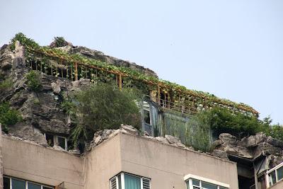 Construcción montaña artificial china pekin