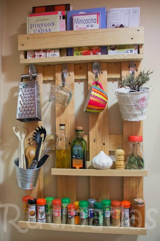 diy estante para especias hecho con palets