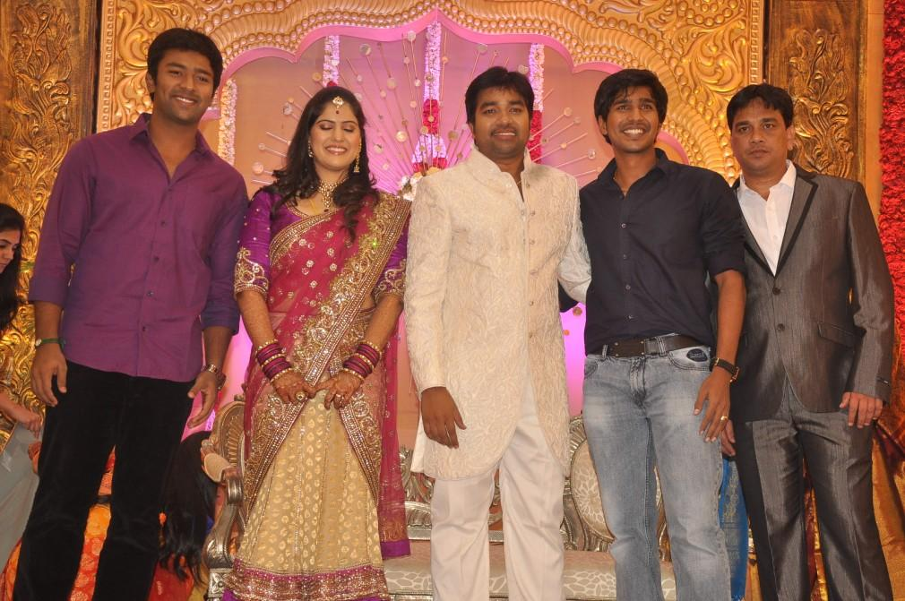 South Indian Actors Vishnu Vishal Santhanu In Reception Stage