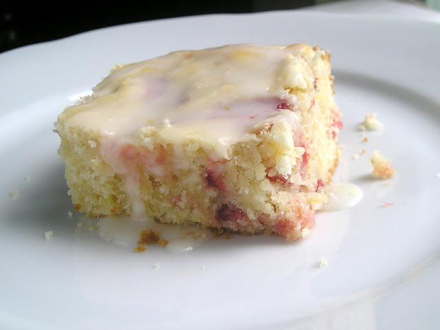 Strawberry Lemon Cake Bars with Lemon Glaze ~ Edesia's Notebook