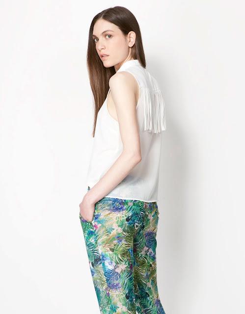 püsküllü bluz modeli beyaz rek, kolsuz, yuvarlak yaka bluz