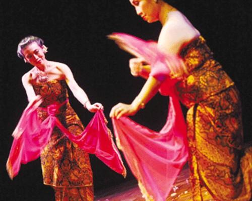 Tari Serimpi Yogyakarta Tari Serimpi Dari Yogyakarta