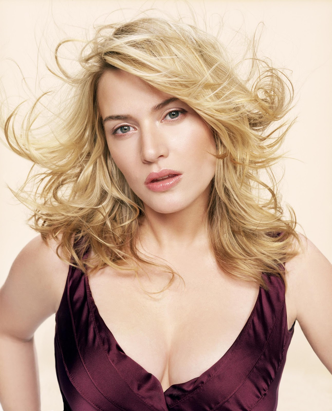 http://2.bp.blogspot.com/-QO4TFqXpRE0/TpmU0YbbfHI/AAAAAAAACmA/48lpUq1J-wg/s1600/kate_winslet_high_resolution-other.jpg