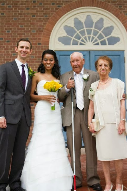 Family Wedding Photo | Photo by Brian Samuels Photography