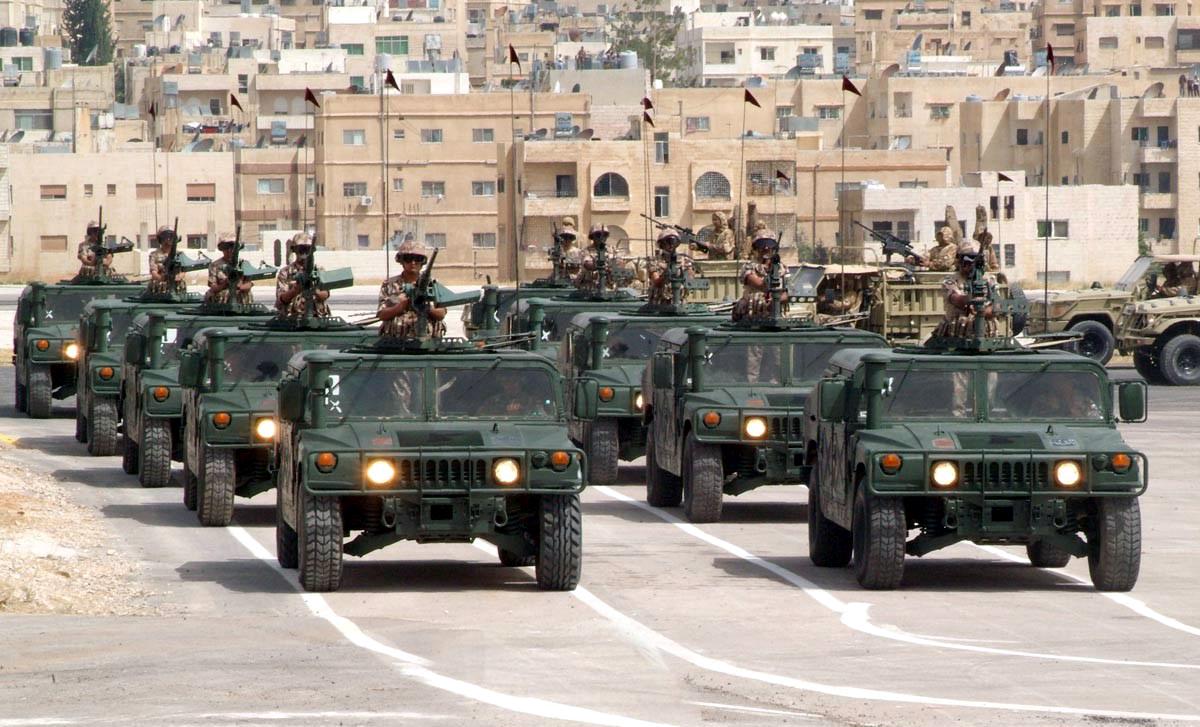 Fuerzas Armadas de Jordania Jordan+HMWWVs