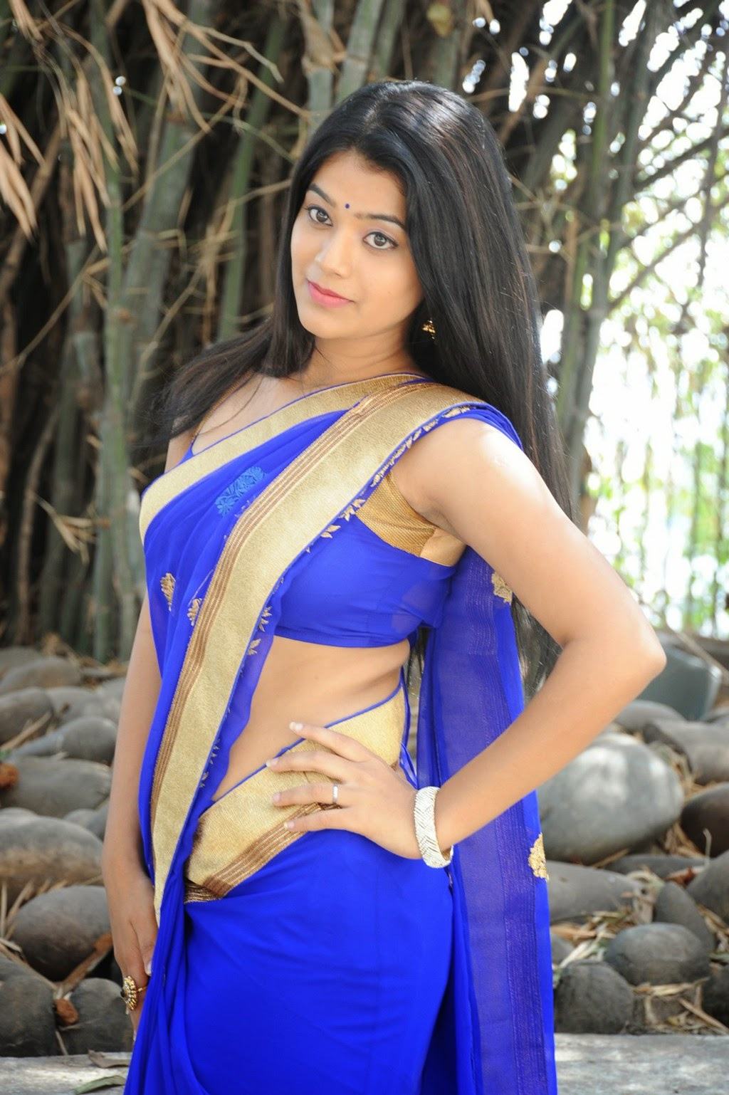 Yamini Bhaskar in Sizzling Sleeveless Blue Blouse Blue Transparent Half Saree Must see Beauty