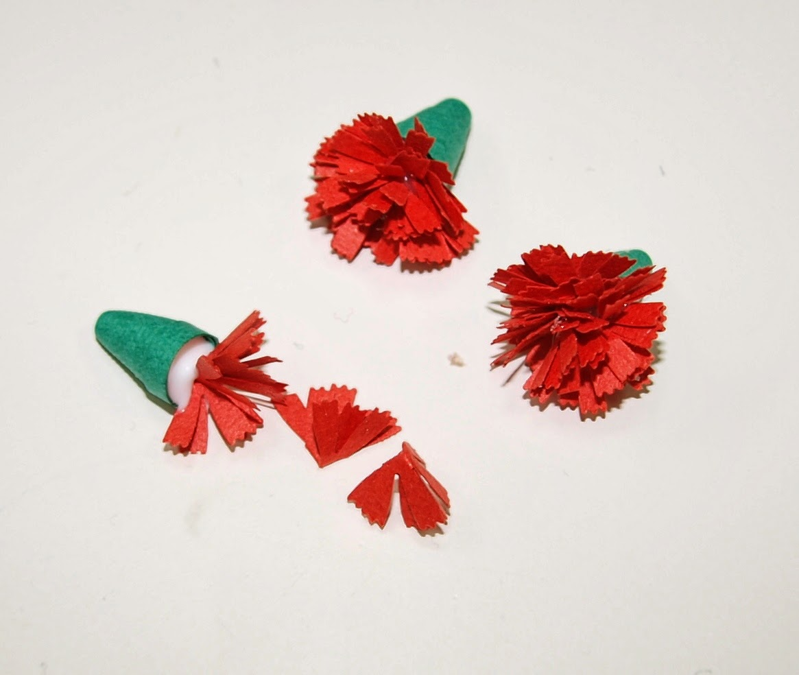 Красная гвоздика своими руками из бумаги