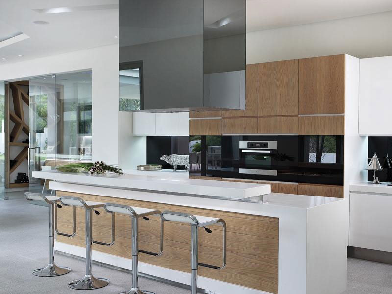 World of architecture modern luxury house in johannesburg for Kitchen island gauteng