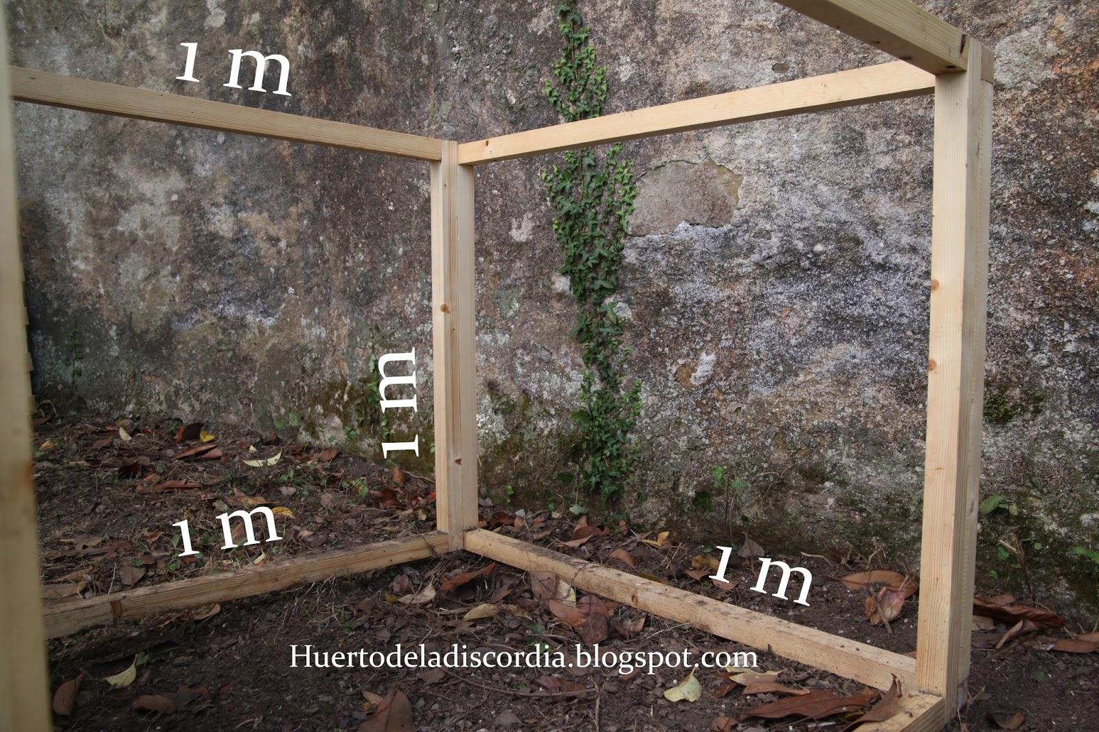 El huerto de la discordia c mo construir un gallinero casero - Gallineros de obra ...