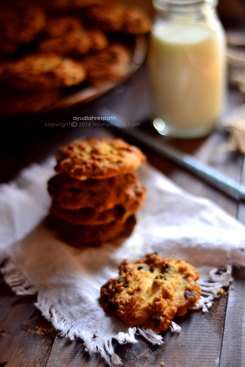Butter Chocolate Chips Cookies